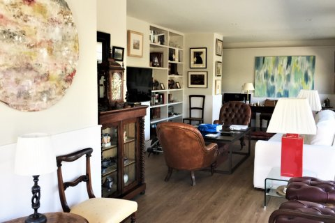 Duplex for sale in Madrid, Spain, 4 bedrooms, 192.00m2, No. 2355 – photo 12