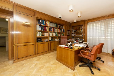 Apartment for sale in Madrid, Spain, 4 bedrooms, 206.00m2, No. 2284 – photo 6