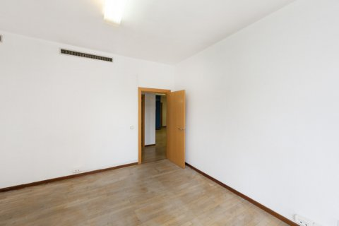 Apartment for sale in Madrid, Spain, 3 bedrooms, 127.00m2, No. 2281 – photo 25