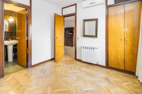 Apartment for sale in Madrid, Spain, 1 bedroom, 50.00m2, No. 2636 – photo 11