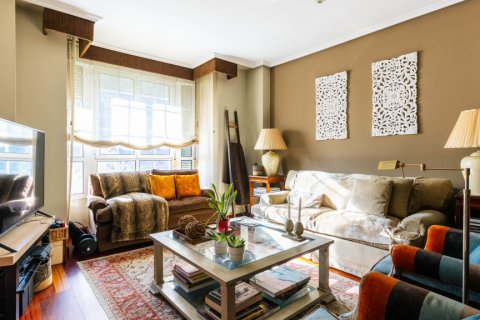 Apartment for sale in Madrid, Spain, 4 bedrooms, 152.00m2, No. 2702 – photo 5