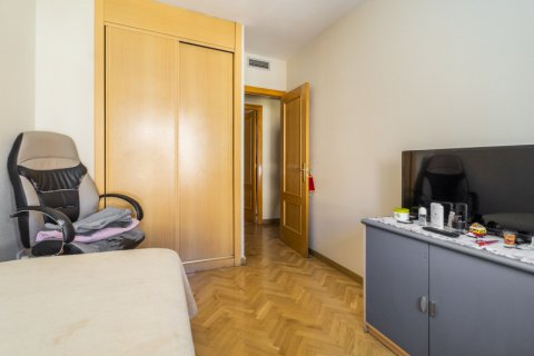 Apartment for sale in Madrid, Spain, 3 bedrooms, 102.43m2, No. 2471 – photo 27