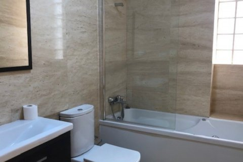 Apartment for rent in Madrid, Spain, 1 bedroom, 66.00m2, No. 2613 – photo 4