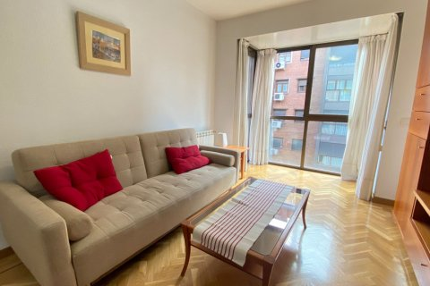 Apartment for rent in Madrid, Spain, 2 bedrooms, 72.00m2, No. 1685 – photo 1