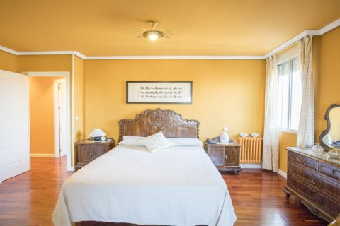Apartment for sale in Madrid, Spain, 3 bedrooms, 152.00m2, No. 1566 – photo 10
