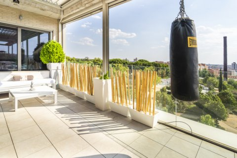 Penthouse for sale in Madrid, Spain, 3 bedrooms, 183.00m2, No. 2215 – photo 30