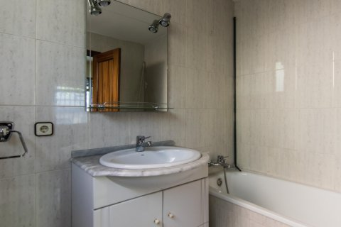 Apartment for sale in Madrid, Spain, 4 bedrooms, 261.00m2, No. 1652 – photo 14