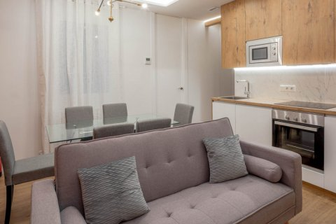 Apartment for sale in Madrid, Spain, 2 bedrooms, 52.00m2, No. 2298 – photo 9