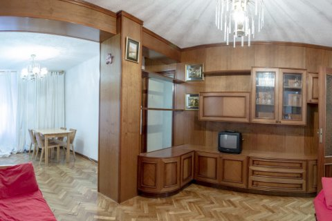 Apartment for sale in Madrid, Spain, 3 bedrooms, 69.00m2, No. 2244 – photo 1