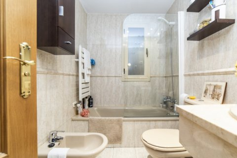 Apartment for sale in Madrid, Spain, 2 bedrooms, 83.00m2, No. 2563 – photo 17