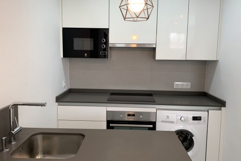Apartment for rent in Madrid, Spain, 2 bedrooms, 75.00m2, No. 1942 – photo 8