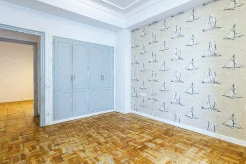 Apartment for sale in Madrid, Spain, 6 bedrooms, 500.00m2, No. 2408 – photo 26