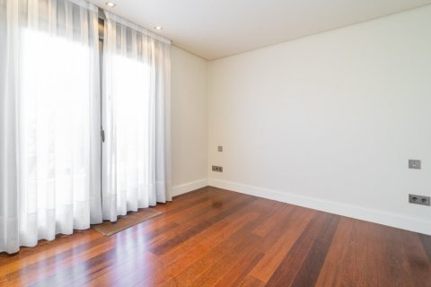 Penthouse for sale in Madrid, Spain, 3 bedrooms, 239.00m2, No. 1699 – photo 26