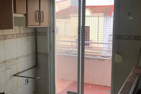 Apartment for sale in Madrid, Spain, 3 bedrooms, 90.00m2, No. 2050 – photo 16