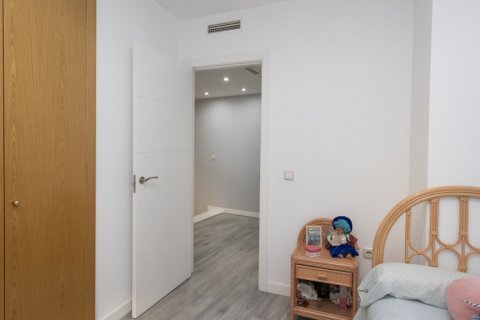 Apartment for sale in Parla, Madrid, Spain, 3 bedrooms, 133.00m2, No. 2615 – photo 17