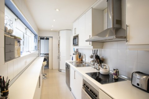 Apartment for sale in Madrid, Spain, 3 bedrooms, 227.00m2, No. 1943 – photo 16