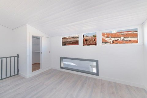 Apartment for rent in Madrid, Spain, 1 bedroom, 80.00m2, No. 1595 – photo 22