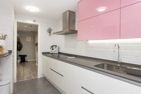 Apartment for sale in Parla, Madrid, Spain, 3 bedrooms, 133.00m2, No. 2615 – photo 5