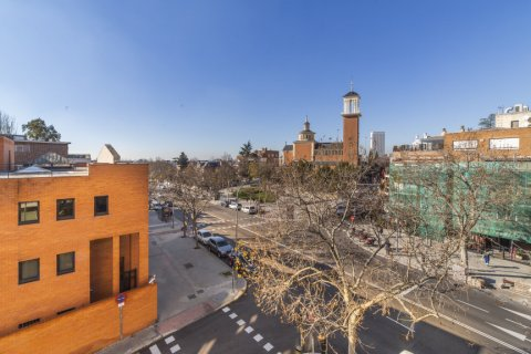 Apartment for sale in Madrid, Spain, 4 bedrooms, 251.00m2, No. 2527 – photo 16