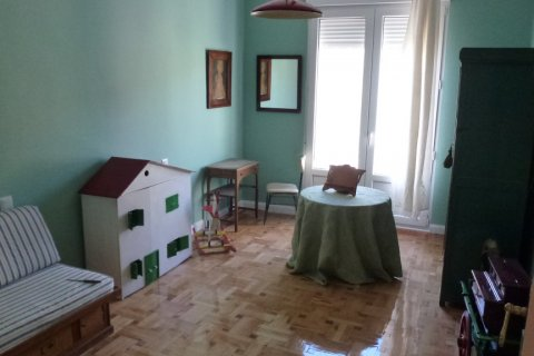 Apartment for rent in Madrid, Spain, 4 bedrooms, 270.00m2, No. 1686 – photo 17