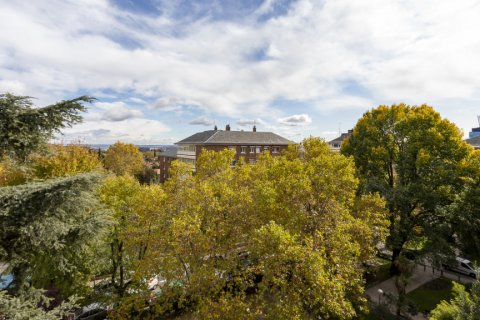 Apartment for sale in Madrid, Spain, 3 bedrooms, 227.00m2, No. 1943 – photo 25