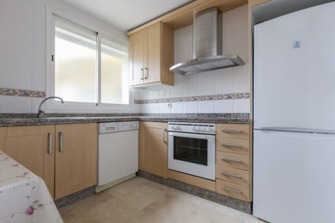 Penthouse for sale in Estepona, Malaga, Spain, 2 bedrooms, 91.49m2, No. 2068 – photo 11