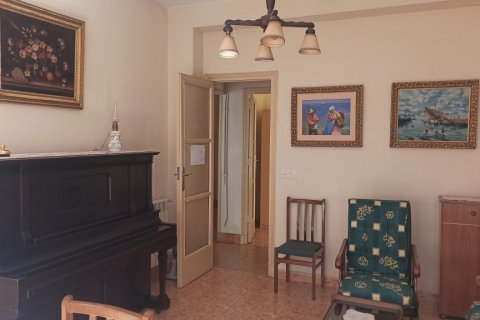 Apartment for rent in Madrid, Spain, 12 bedrooms, 400.00m2, No. 2350 – photo 8