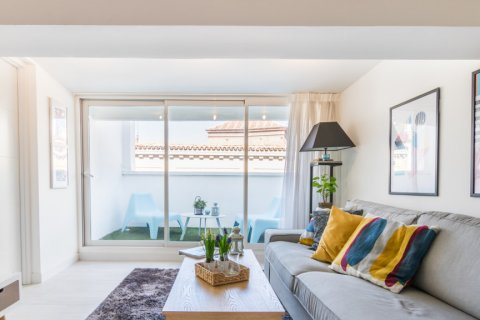 Penthouse for sale in Madrid, Spain, 2 bedrooms, 71.00m2, No. 2048 – photo 10