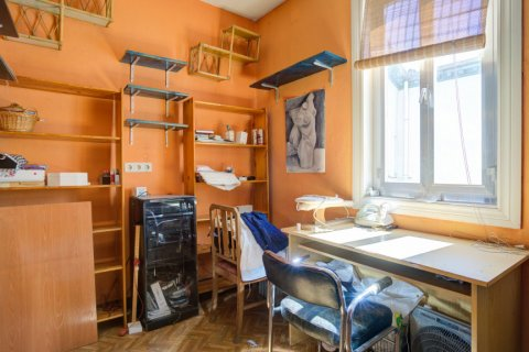 Apartment for sale in Madrid, Spain, 6 bedrooms, 219.00m2, No. 2357 – photo 20
