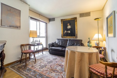 Apartment for sale in Madrid, Spain, 6 bedrooms, 414.00m2, No. 2470 – photo 25