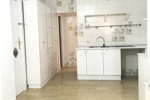 Apartment for rent in Madrid, Spain, 3 bedrooms, 127.00m2, No. 2014 – photo 19