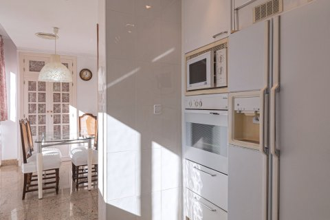 Apartment for sale in Malaga, Spain, 3 bedrooms, 229.00m2, No. 2351 – photo 14