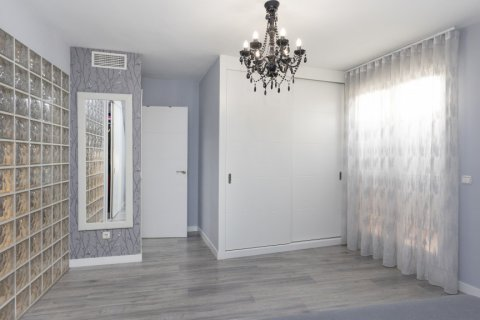 Apartment for sale in Parla, Madrid, Spain, 3 bedrooms, 133.00m2, No. 2615 – photo 24