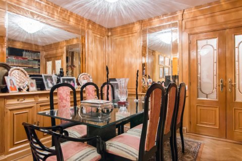 Apartment for sale in Madrid, Spain, 4 bedrooms, 140.00m2, No. 1787 – photo 8