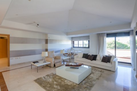 Penthouse for rent in Puerto Banus, Malaga, Spain, 4 bedrooms, 695.00m2, No. 1949 – photo 19