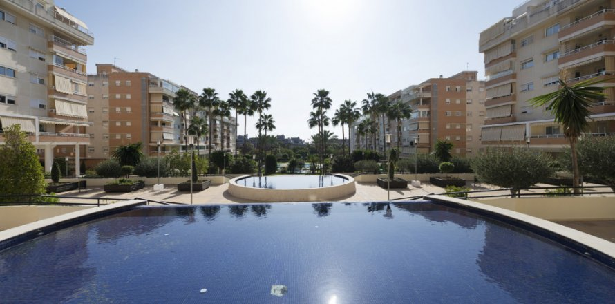 Penthouse in Malaga, Spain 4 bedrooms, 128.00 sq.m. No. 2428