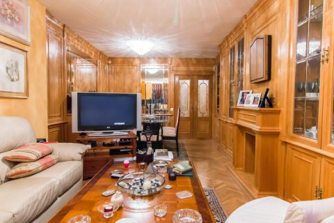 Apartment for sale in Madrid, Spain, 4 bedrooms, 140.00m2, No. 1787 – photo 5