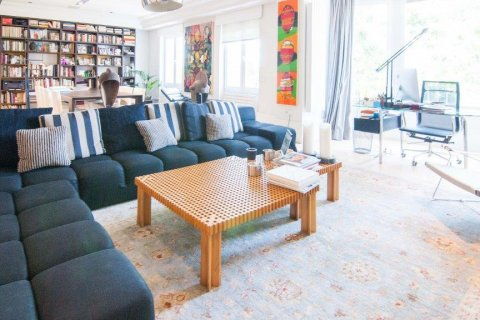 Apartment for sale in Madrid, Spain, 4 bedrooms, 345.00m2, No. 1663 – photo 8