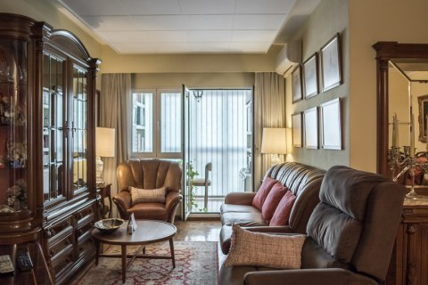 Apartment for sale in Madrid, Spain, 3 bedrooms, 117.80m2, No. 2173 – photo 7