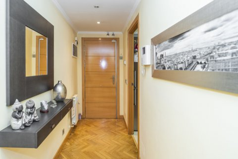 Apartment for sale in Madrid, Spain, 4 bedrooms, 122.51m2, No. 2192 – photo 6