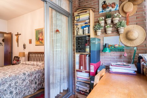 Apartment for sale in Madrid, Spain, 6 bedrooms, 291.00m2, No. 2275 – photo 27