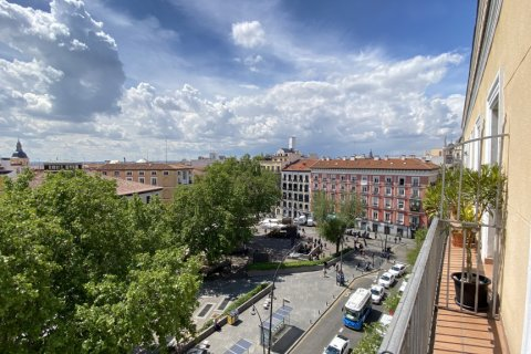 Duplex for rent in Madrid, Spain, 2 bedrooms, 98.00m2, No. 1489 – photo 8