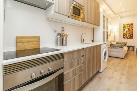 Apartment for sale in Madrid, Spain, 2 bedrooms, 57.00m2, No. 2498 – photo 14