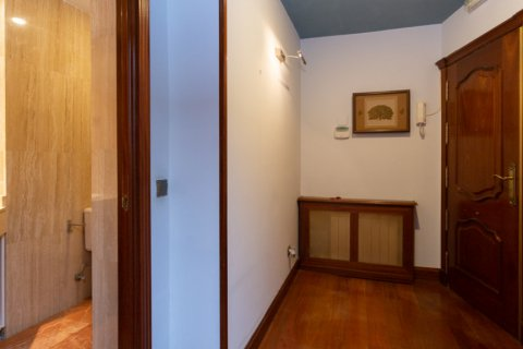 Apartment for sale in Madrid, Spain, 4 bedrooms, 196.00m2, No. 2199 – photo 7