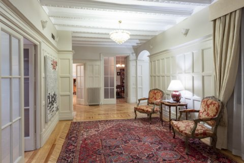 Apartment for sale in Madrid, Spain, 5 bedrooms, 377.00m2, No. 2003 – photo 4