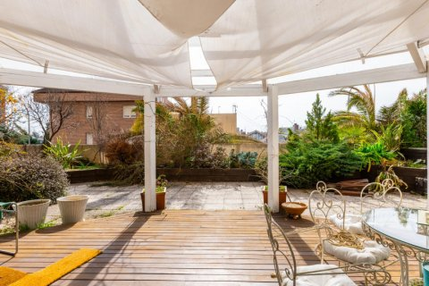 Apartment for sale in Madrid, Spain, 5 bedrooms, 201.00m2, No. 2311 – photo 1