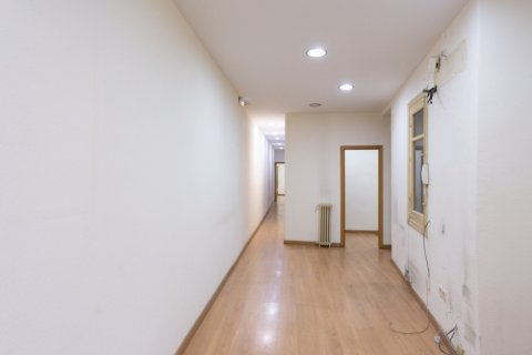 Apartment for sale in Madrid, Spain, 3 bedrooms, 120.00m2, No. 2439 – photo 9