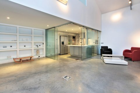 Apartment for sale in Madrid, Spain, 2 bedrooms, 193.00m2, No. 2494 – photo 5