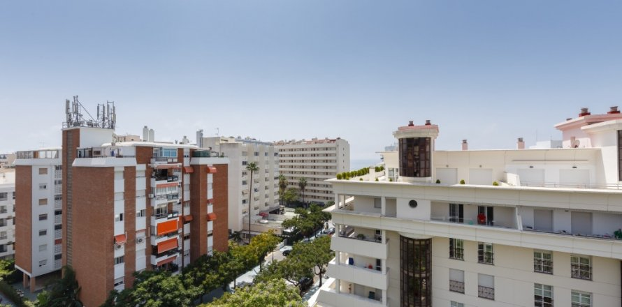 Penthouse in Marbella, Malaga, Spain 3 bedrooms, 160.67 sq.m. No. 1517