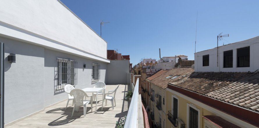 Penthouse in Malaga, Spain 4 bedrooms, 185.00 sq.m. No. 2297